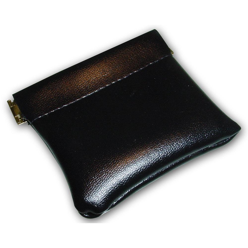 black_pouch